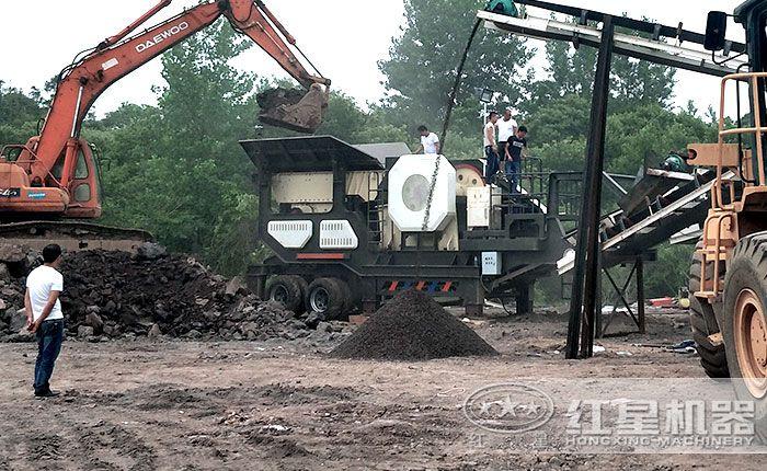 煤矸石移动破碎站生产现场