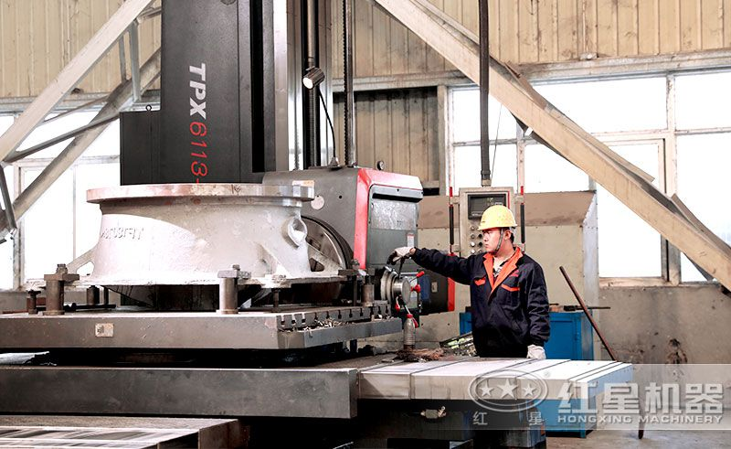 红星机器40年专注反击破生产制造