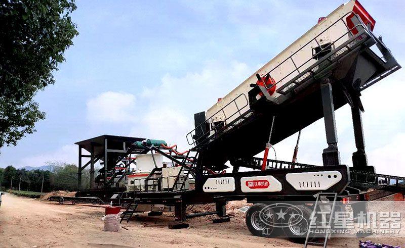 移动石子制沙生产线作业现场