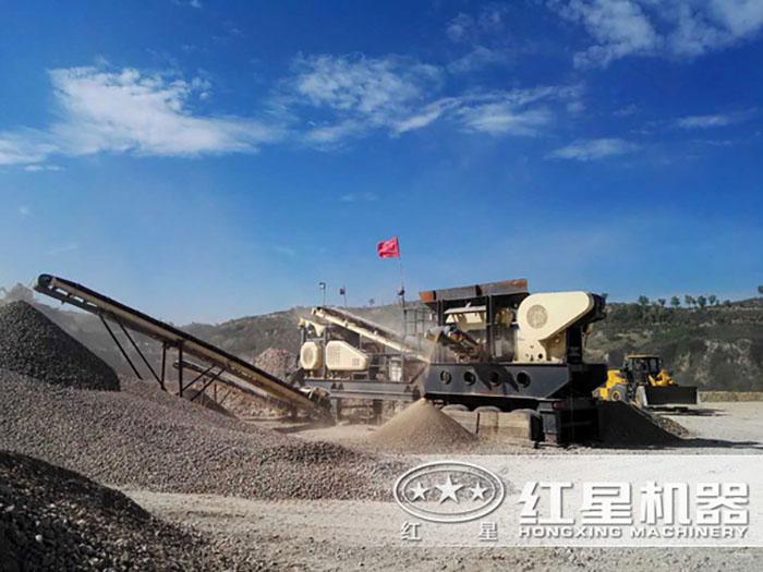 河北邯郸青石破碎生产线现场
