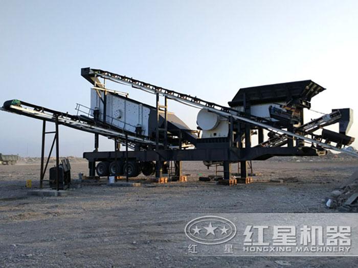 四川铁矿石移动破碎生产线现场