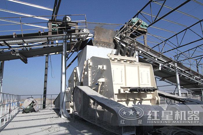 大理石生产线正在安装中