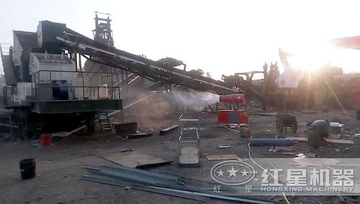 红星机器移动式破碎站环保作业