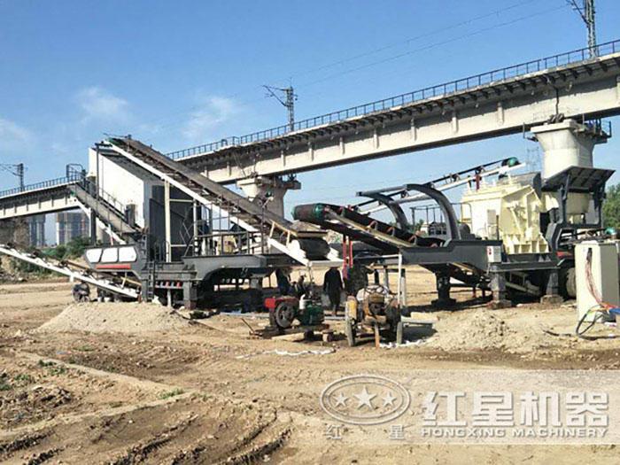 移动式大理石破碎生产线安装现场
