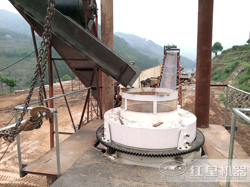 大型环保制砂生产线设备加工物料