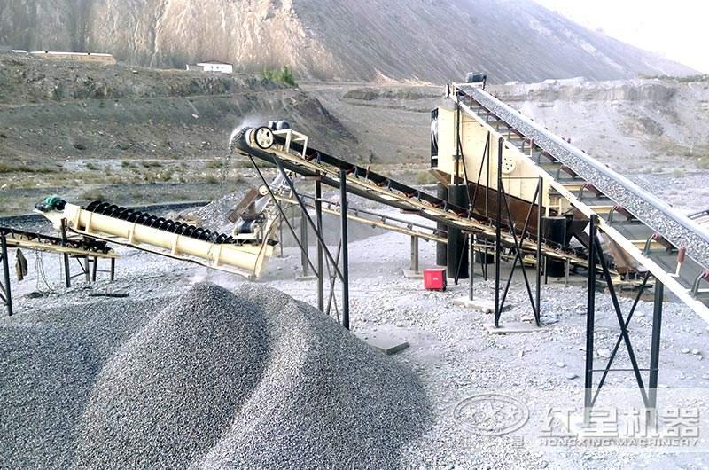 大型砂石料生产现场