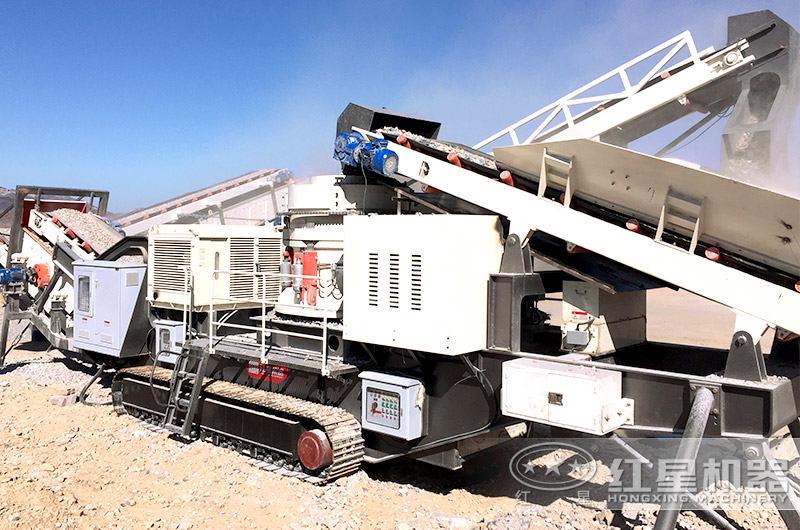 履带移动制砂机 履带移动制砂机,远程遥控就能完成石料磨成沙子作业