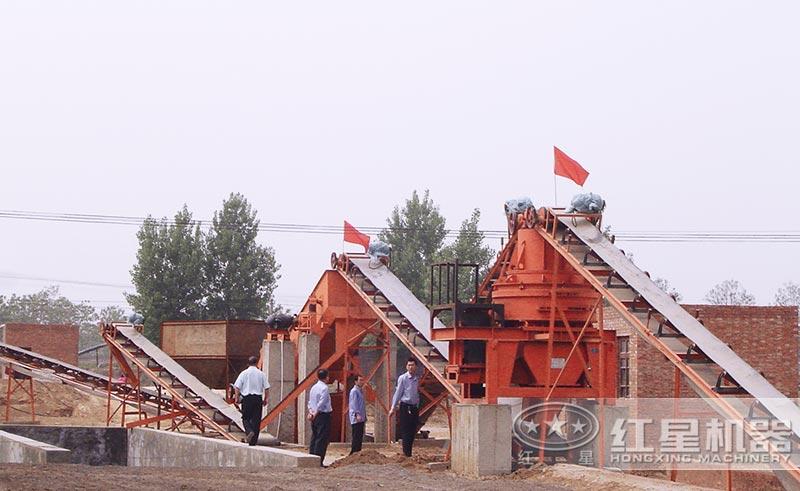 HX河石制砂机械现场