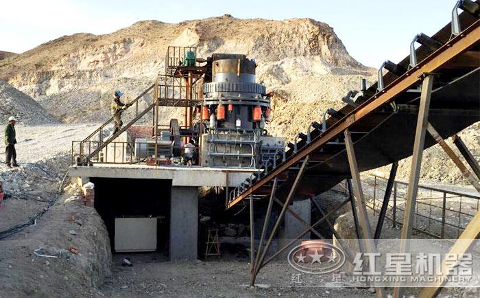 石料粉碎机生产现场