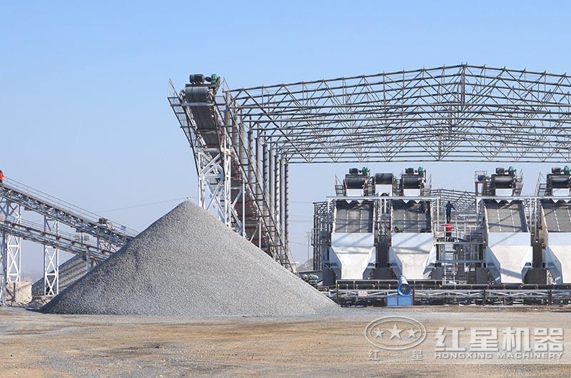 大型石料制砂生产现场