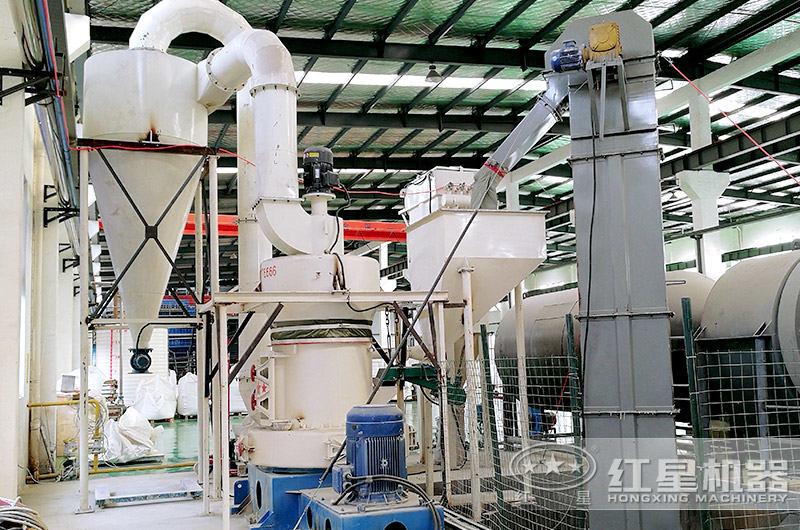 立式磨粉机生产现场