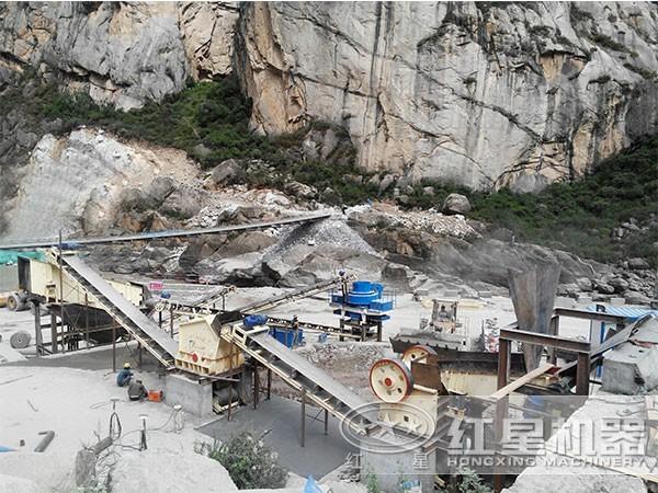 河北承德100吨河卵石制砂生产线现场加工流程