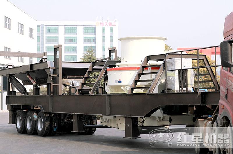 大型移动式制砂机发货了