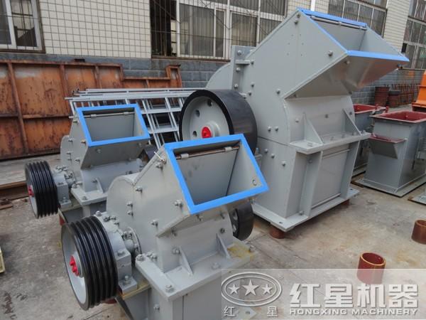 pc600×400锤式粉碎机厂区图
