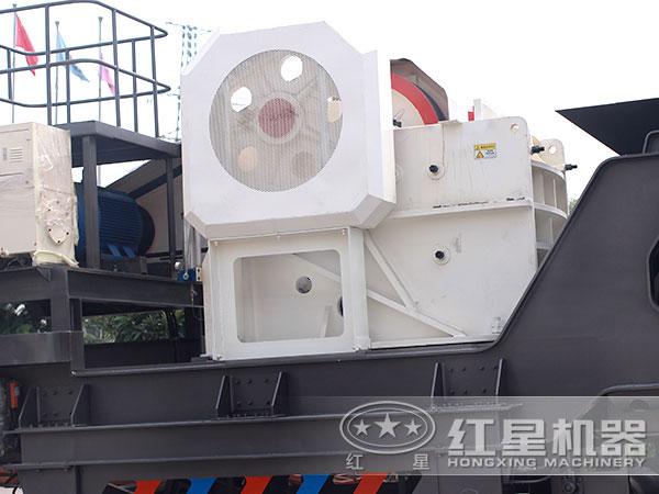 200多吨青石移动式碎石机