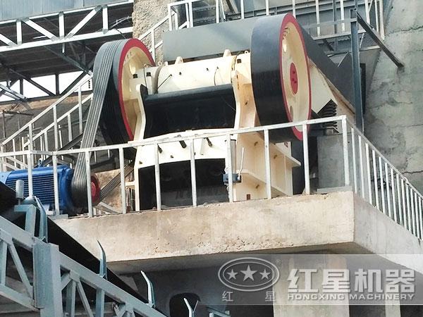 砂石生产线设备颚式破碎机