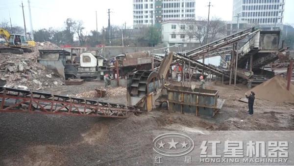 建筑垃圾破碎与洗选现场