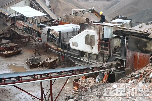 2018年湖南某客户建筑垃圾破碎现场拍摄