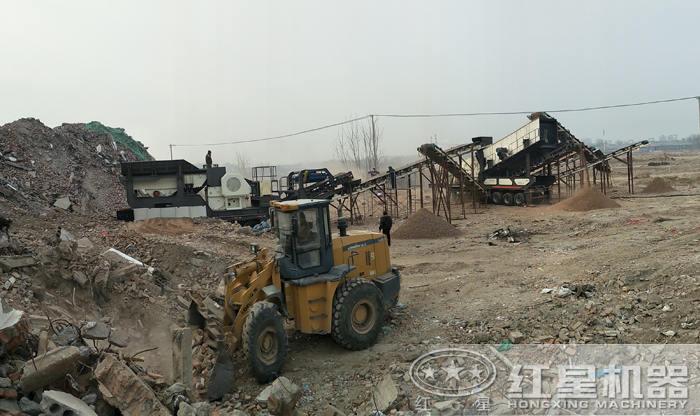 建筑垃圾粉碎处理现场