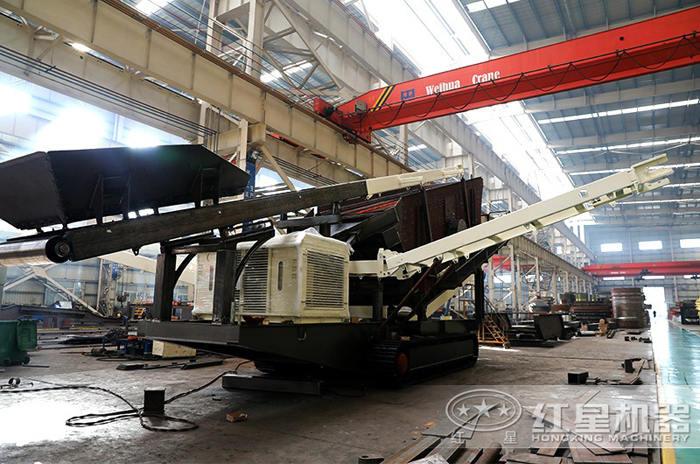 大型履带移动液压破碎机生产厂房