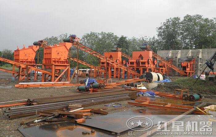 沙石料加工整套生产线现场作业图