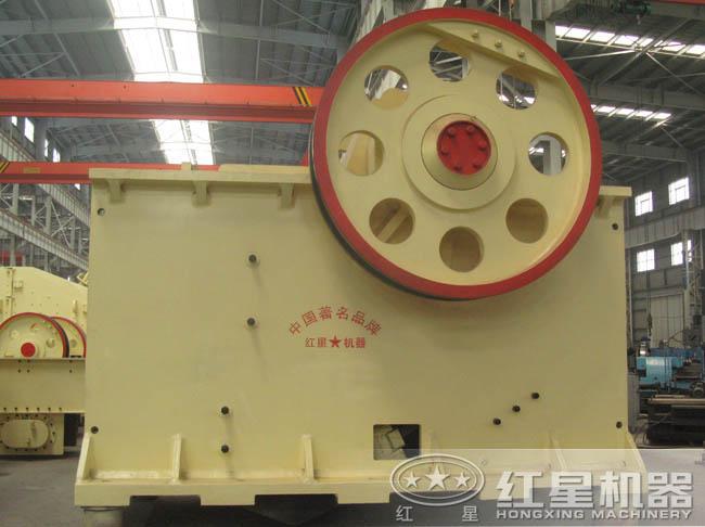 PE-1600×2100破碎机