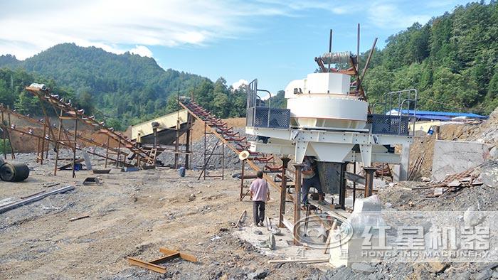 时产50吨制沙生产线安装中