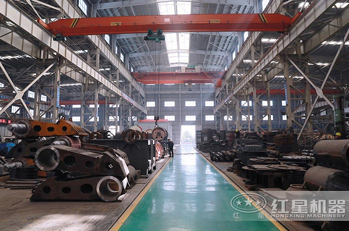 红星机器设备材料区