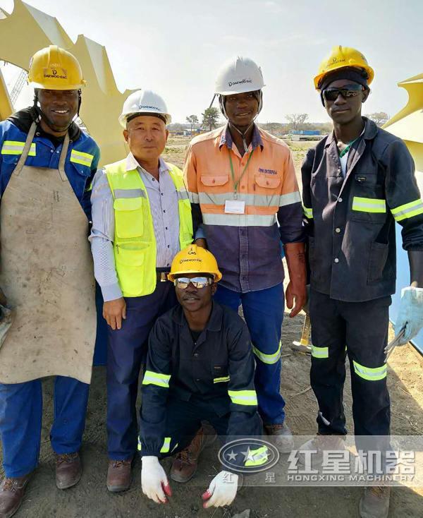 非州赞比亚客户安装洗砂机现场