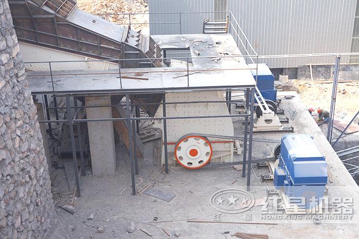 固定式砂石料设备作业现场