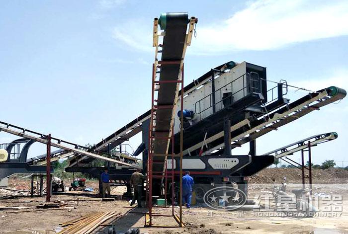 移动石料生产线安装中