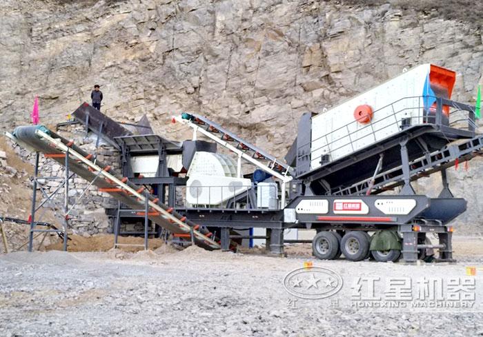 移动碎石设备搭载重锤式破碎机