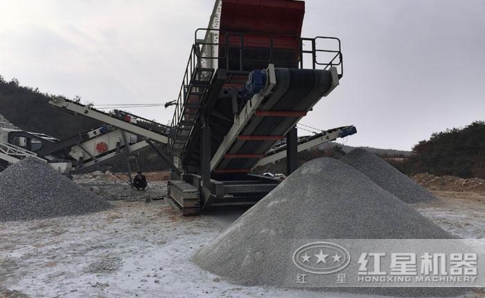 履带配置的移动石料生产线