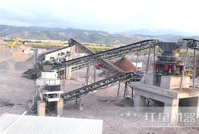 吉尔吉斯斯坦干法制砂生产现场