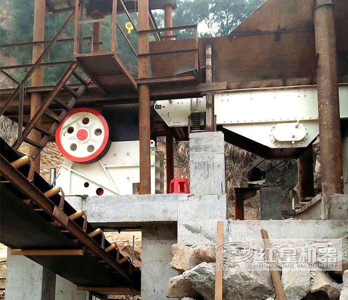 鄂式破碎机—初级破碎机设备