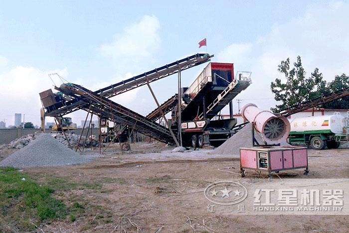 移动作业的时产60吨碎石生产线