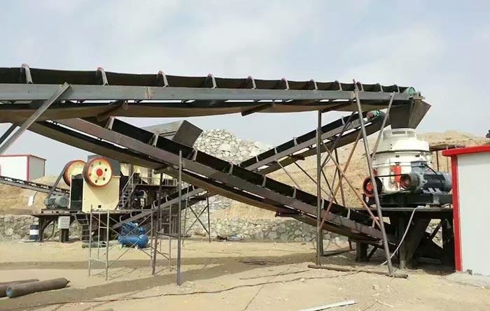 时产300吨石子破碎生产线现场