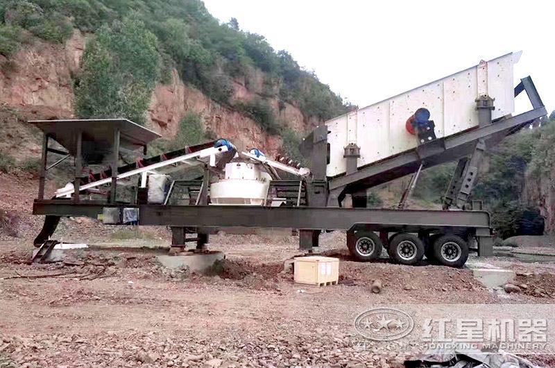 车载移动式制砂机,又叫移动打砂机(搭载VSI制砂机)