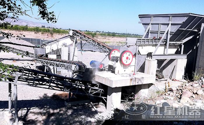 山西时产200吨花岗岩破碎机作业现场