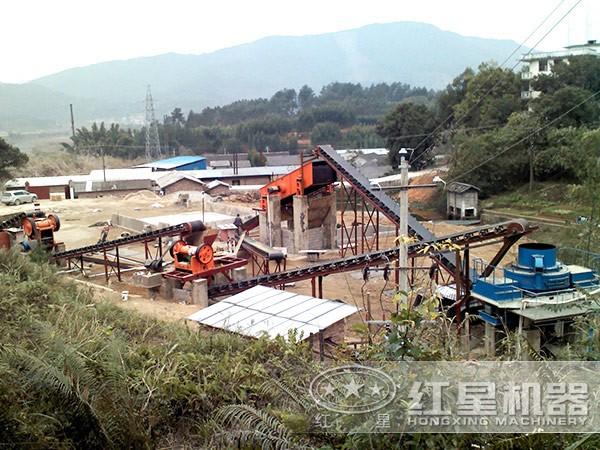 环保型鹅卵石制砂生产线现场