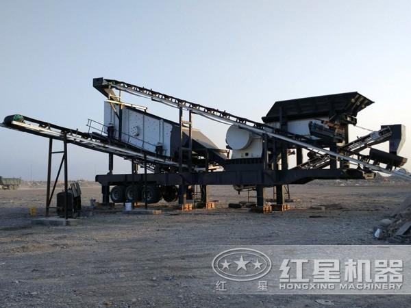 HX系列移动磕石子机工作现场