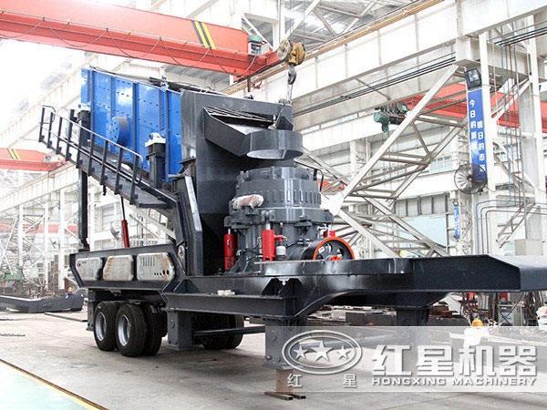 时产200吨中细碎筛分鹅卵石移动破碎机