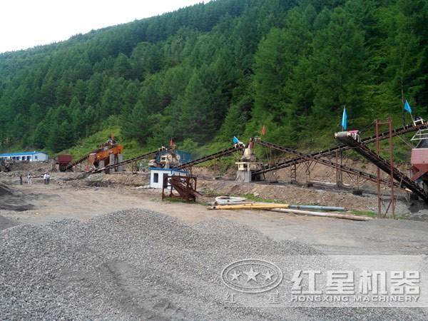 山东淄博环保型鹅卵石制砂生产线现场