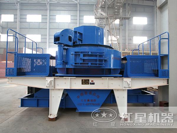 石英石制砂设备:制砂机